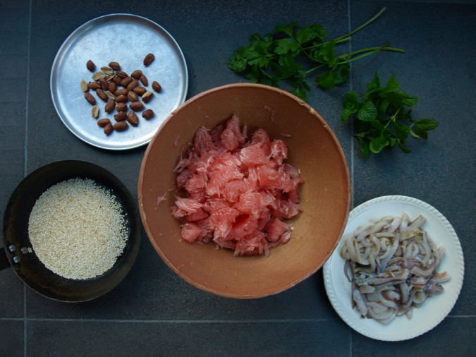 Pomelo and squid salad ingredients