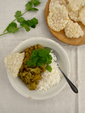 Aloo gobi - cauliflower potato curry