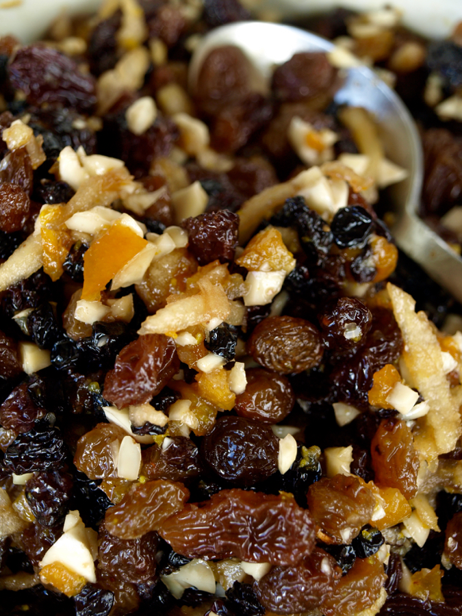 fruit and nut mixture for Christmas pudding