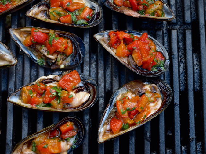 Mussels with capsicum and basil salsa and smoked paprika, on the grill