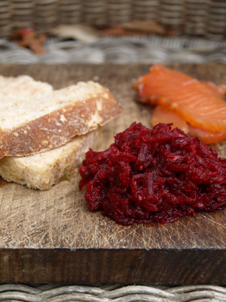 Beetroot horseradish relish, gravlax and bread