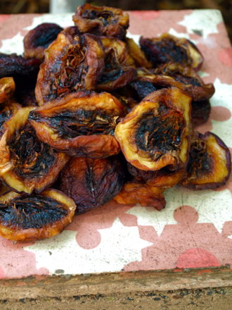 Homemade sun-dried white nectarines